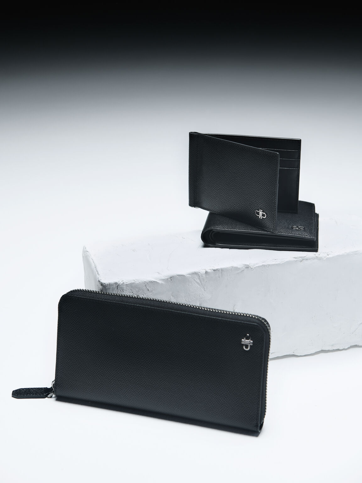 Icon Long Leather Wallet, Black, hi-res