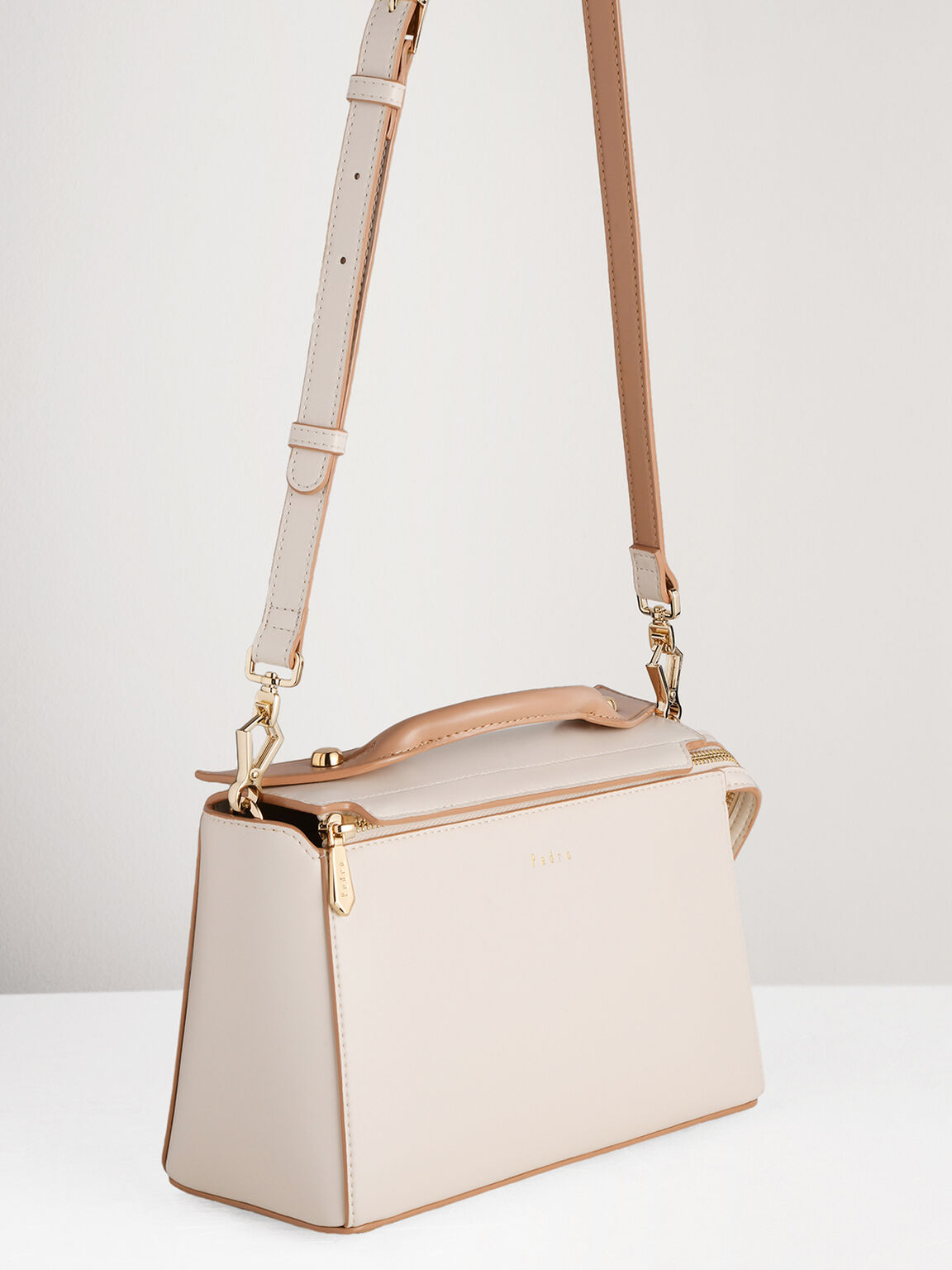 Structured Bowling Bag in Two-Tone, Chalk, hi-res
