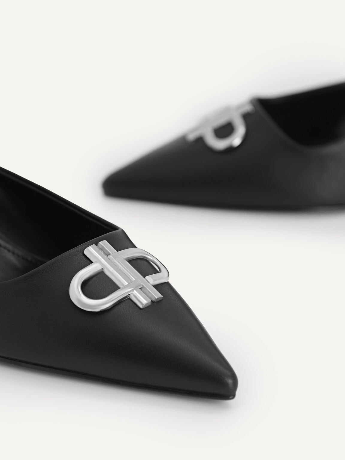 Icon Leather Pointed Toe Slingback Heels, Black, hi-res