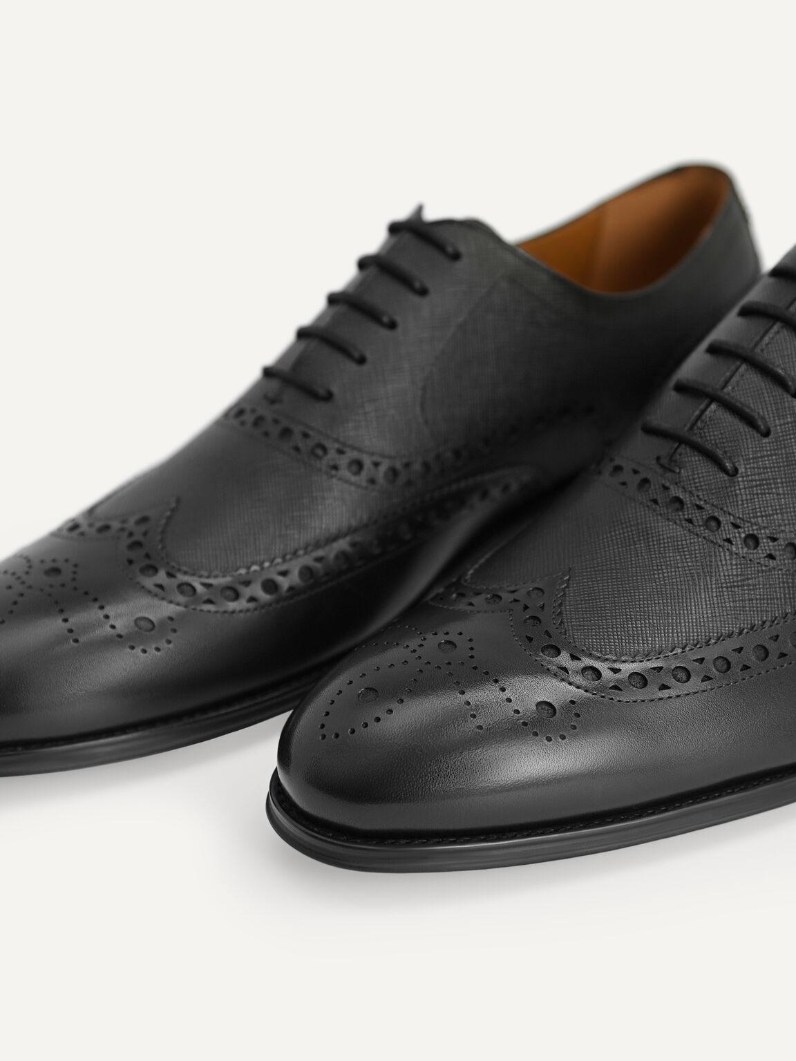 Textured Brogue Oxford Shoes, Black, hi-res