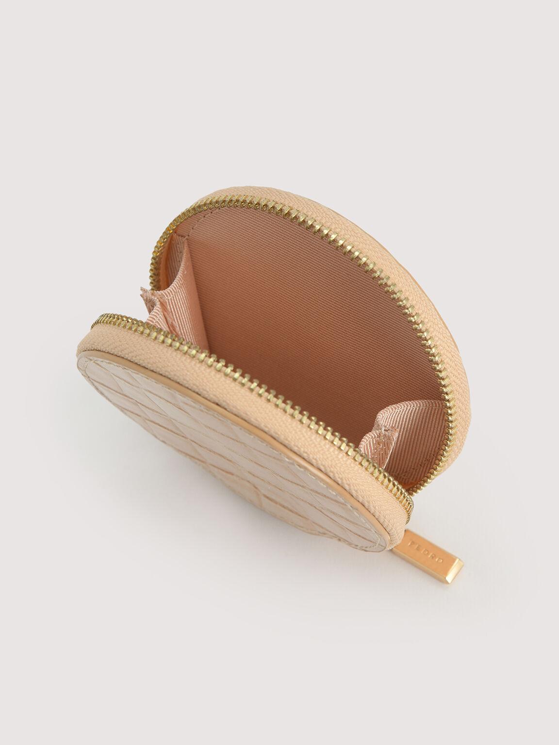 配有硬幣袋的浮雕皮革掛帶卡包, 裸色, hi-res