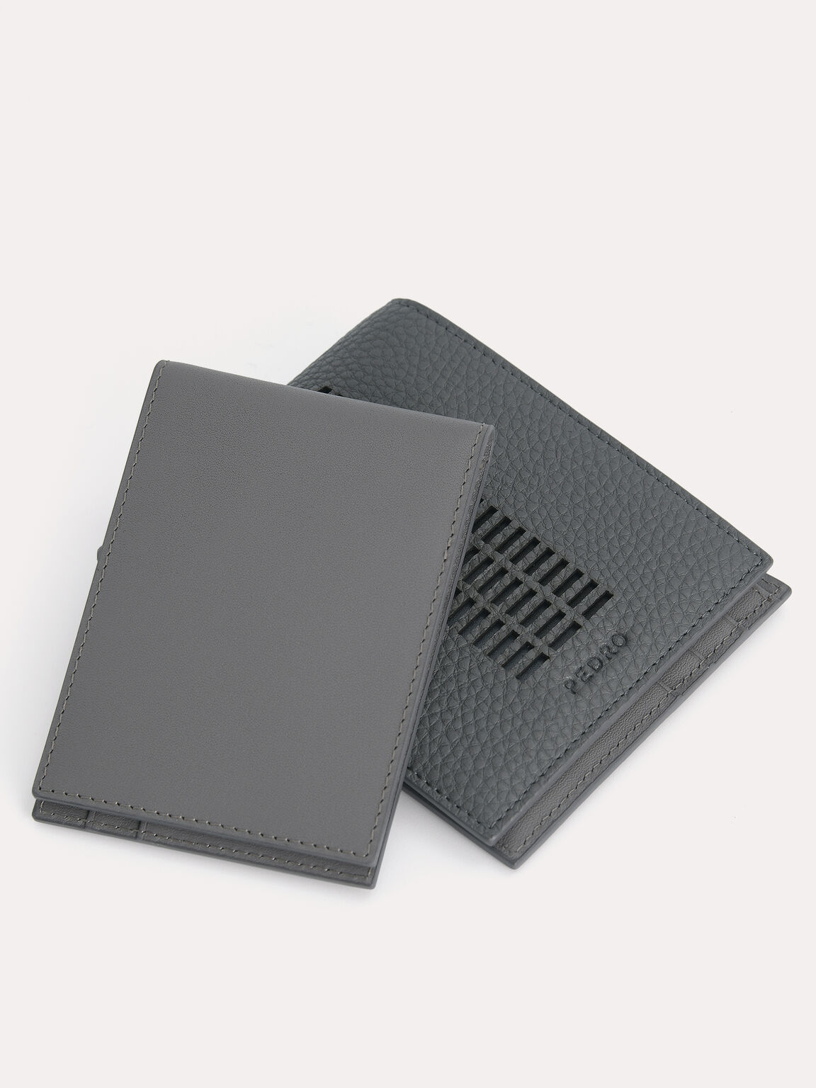 Textured Leather Bi-Fold Wallet with Insert, Grey, hi-res